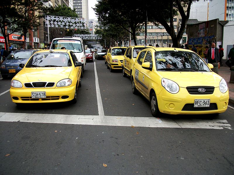 taxistas bogota - Pedro Felipe - Wikipedia (CC BY 3.0)