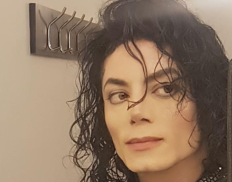 ¿Michael Jackson reencarnó? 10 fotos de su doble más perfecto
