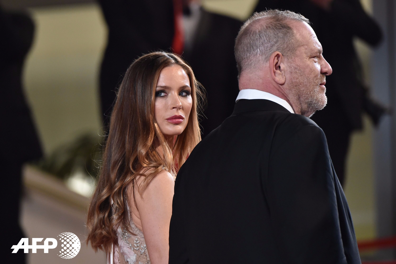 Harvey Weinstein: demandado, despedido y ahora sin esposa