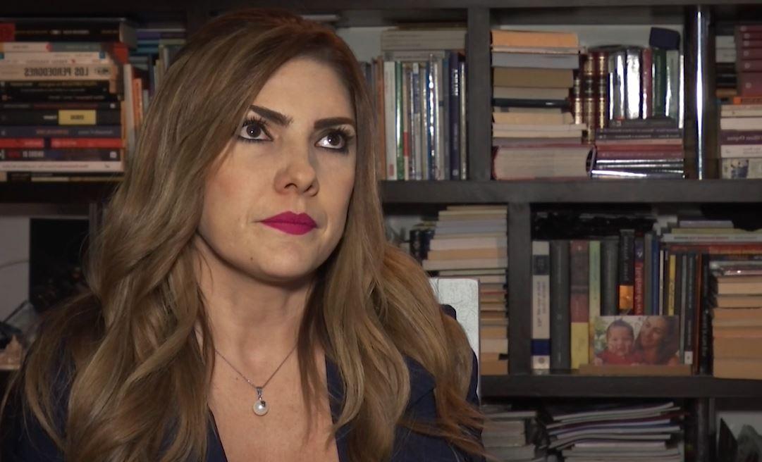 Le preguntaron a Ana Karina Soto por su video íntimo en un live y así la defendió el esposo