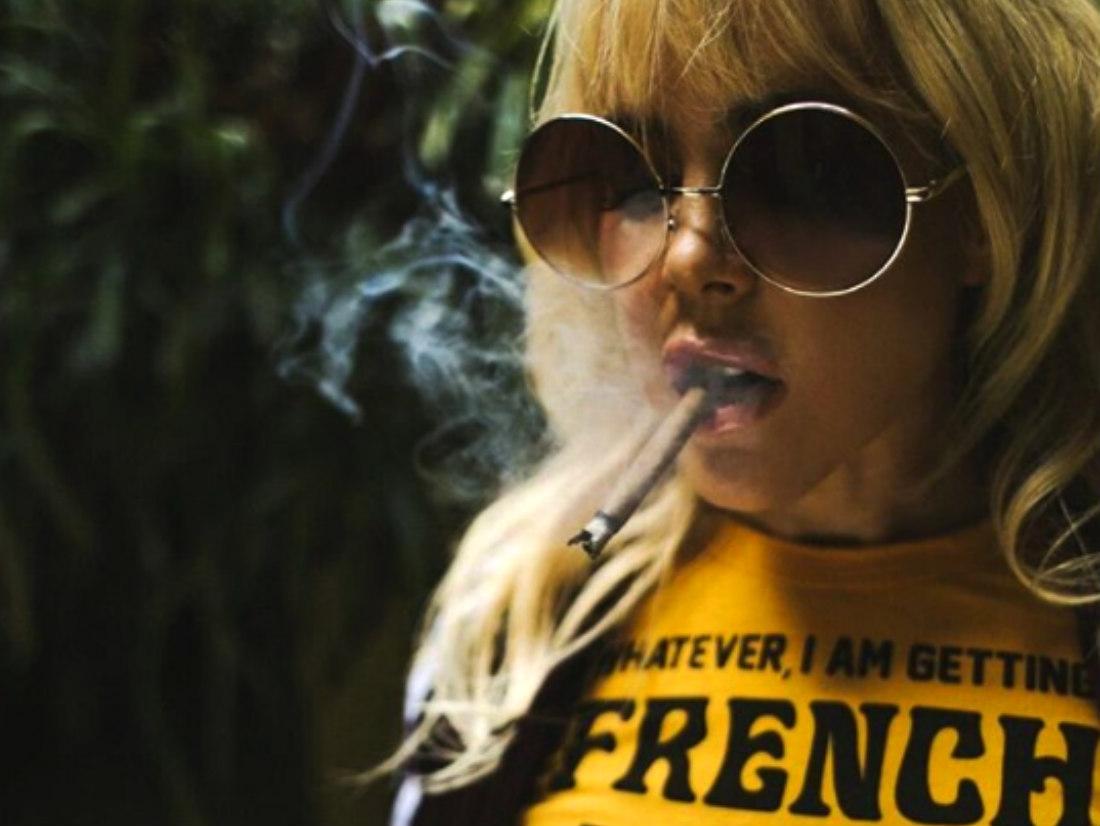 Natalia París no estaba fumando marihuana en la polémica foto que publicó
