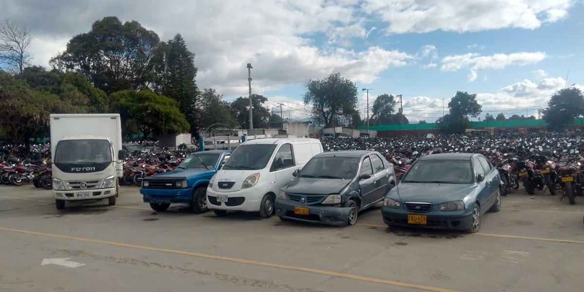 Paso a paso para sacar un carro de los patios en Bogotá durante la cuarentena