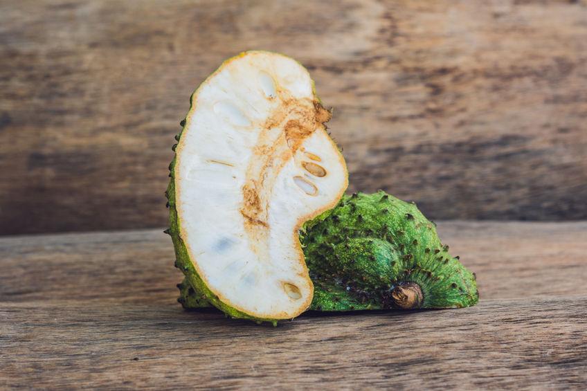 Prepara un delicioso jugo con la fruta con más propiedades anticancerígenas