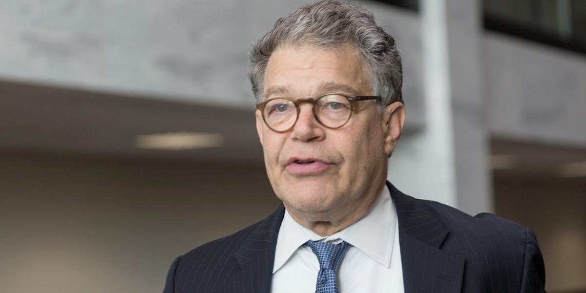Surge nueva acusación de acoso sexual contra el senador demócrata Al Franken