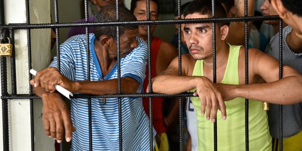Susto en Bogotá por fuga de 40 detenidos en una URI