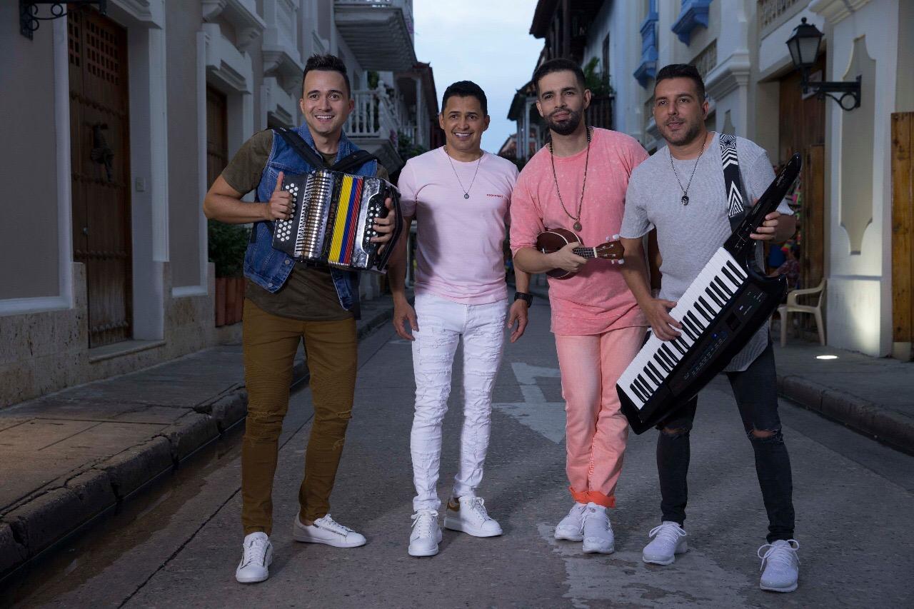 """Jorge Celedón y Alkilados se unen en el remix de """"Me Gustas Mucho"""""""