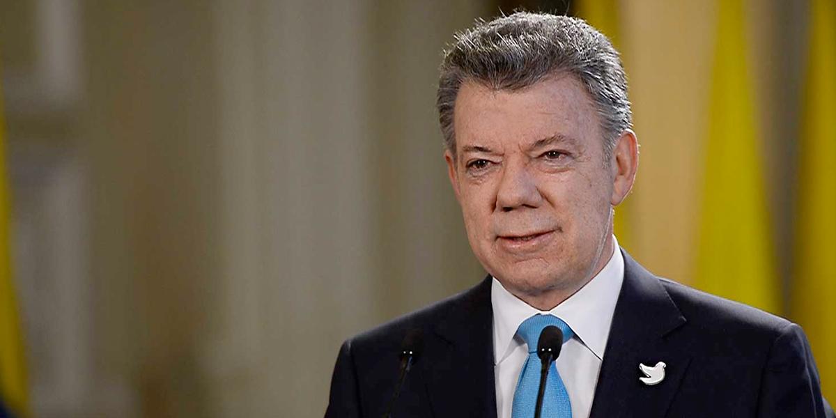 Santos dice que Venezuela rechazó ayuda humanitaria de Colombia