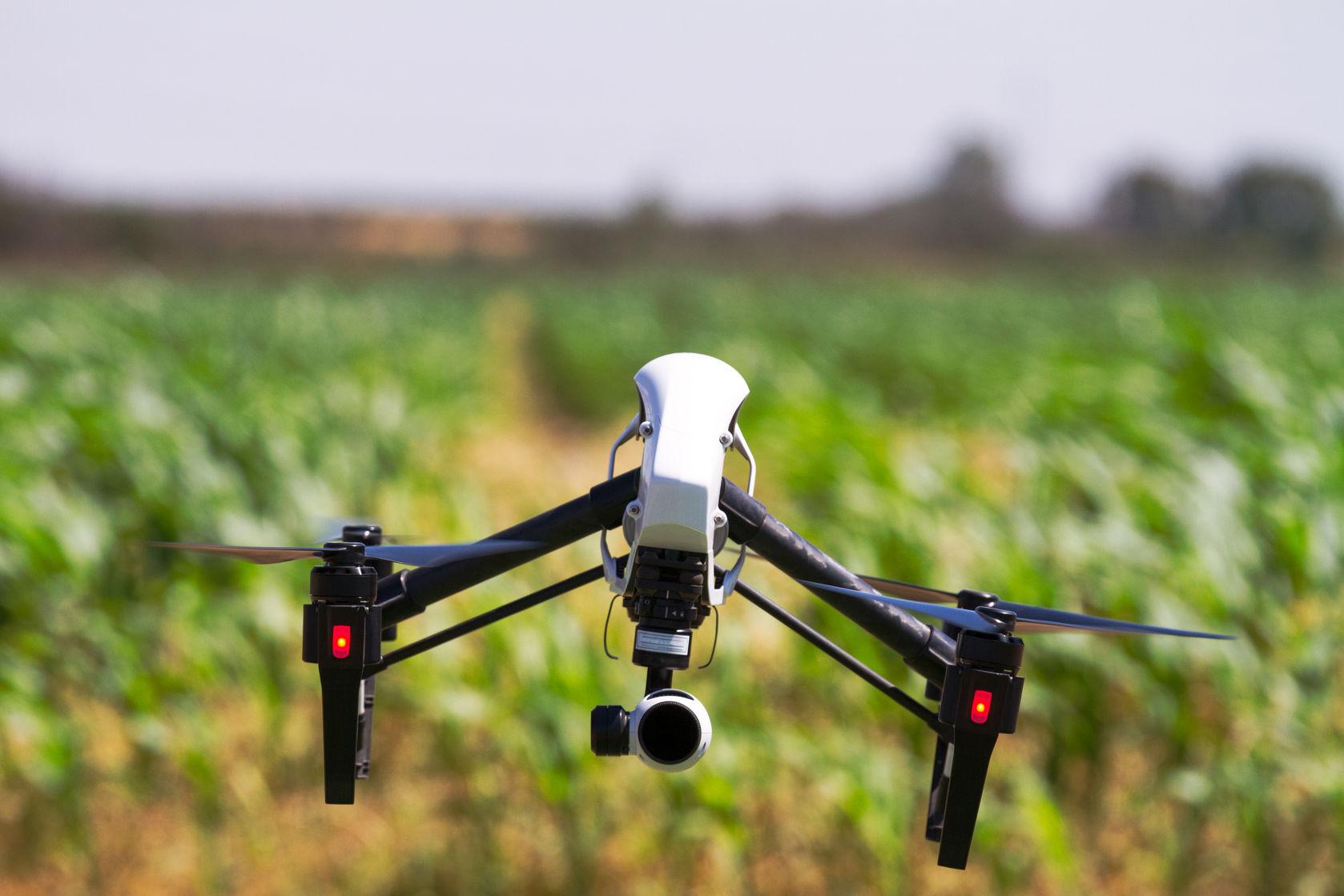 En Cali innovan con drones que transportan exámenes médicos