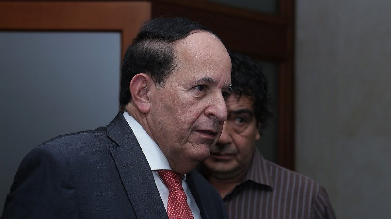 Capturaron al senador Álvaro Ashton por presuntos vínculos con paramilitares