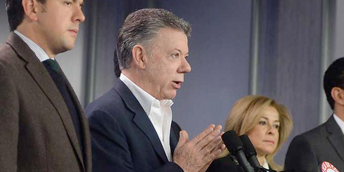 Presidente Santos pide a la Corte estudiar acto legislativo que crea curules de paz