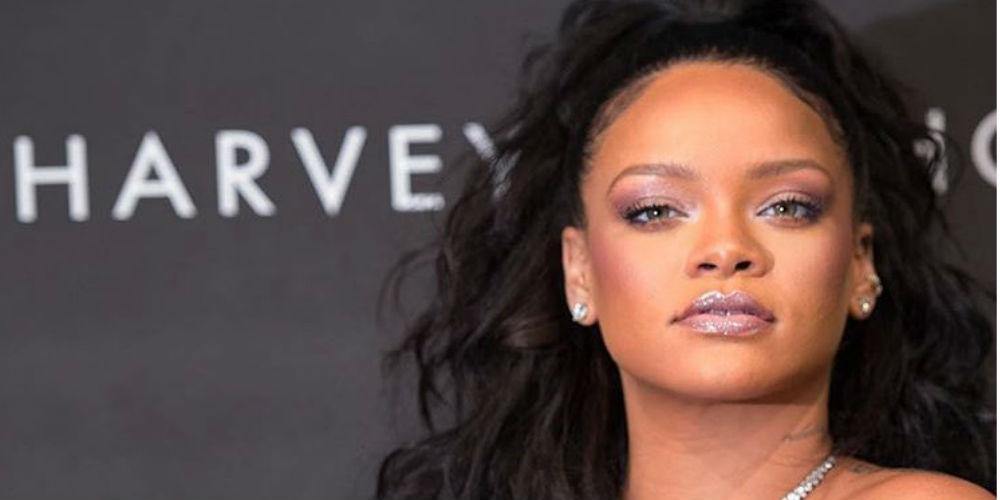 Primo de Rihanna fue asesinado en navidad y ella lo recuerda con este mensaje