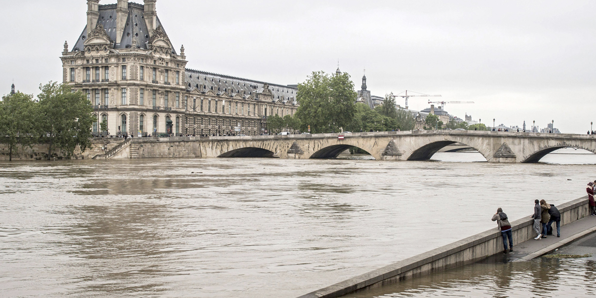 Francia está en alerta por la crecida del río Sena — París