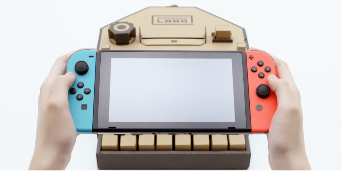 Nintendo enloquece a fans con línea de accesorios de cartón
