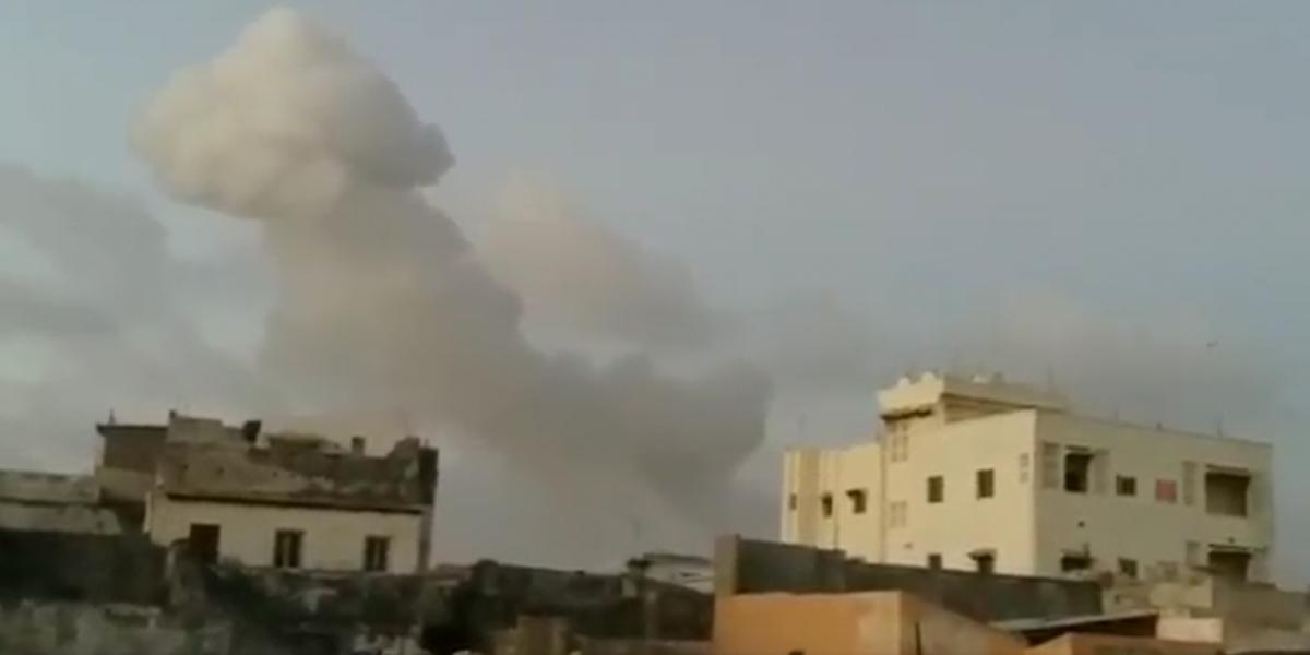 Explotan dos coches bomba en alrededores del palacio presidencial de Somalia