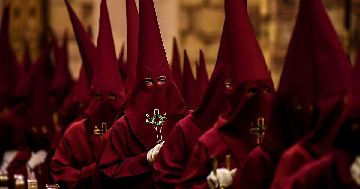 La curiosa procesión infantil de los niños Nazarenos en Zipaquirá por Semana Santa