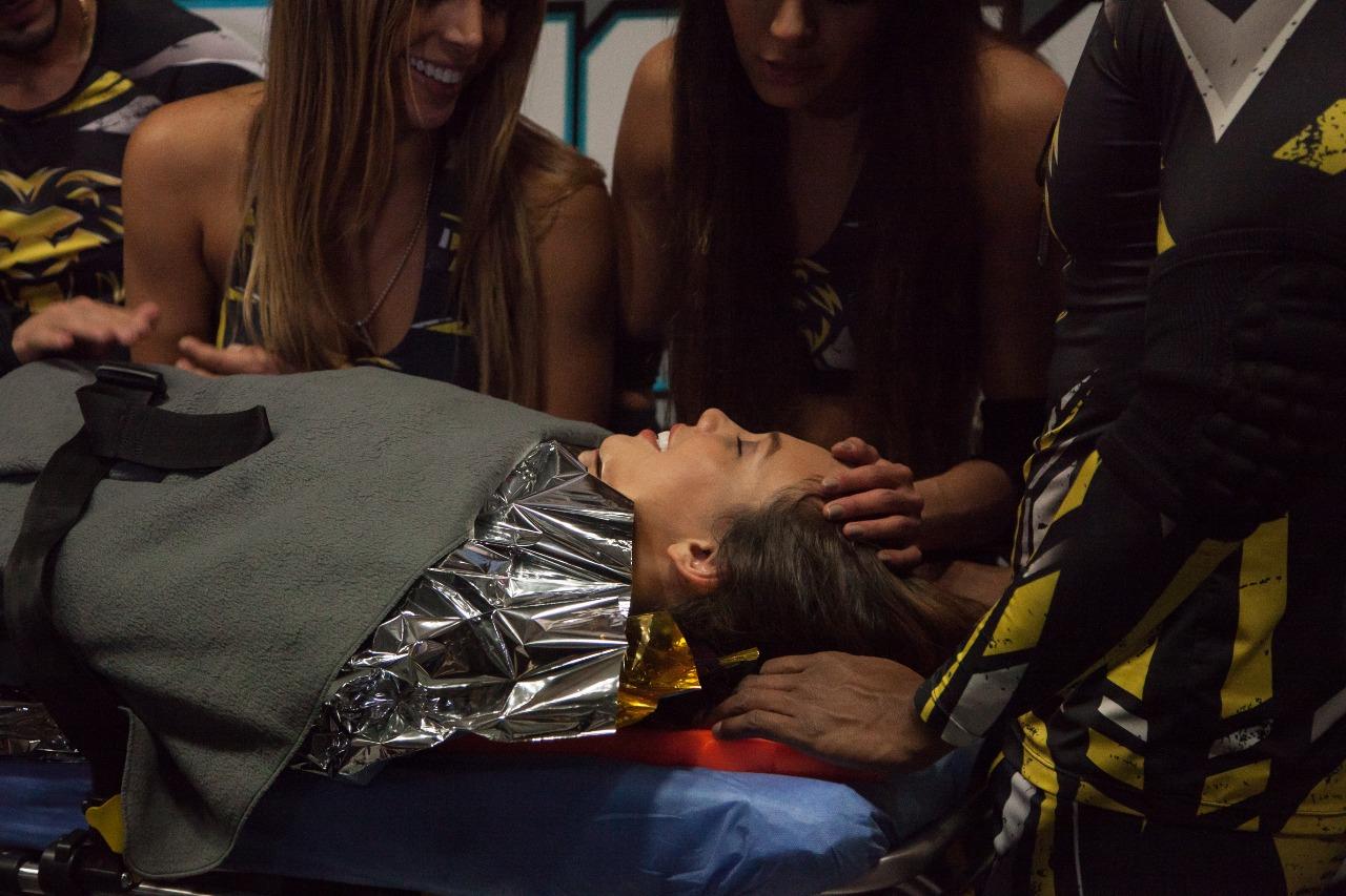 """El accidente de Luisa que la mandó directo al hospital. """"Guerreros: Cobras Vs. Leones"""" / FOTO: Digital Canal 1."""