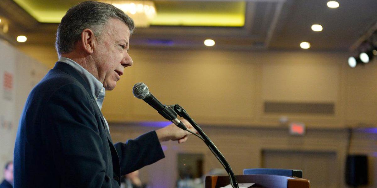 Santos invita al mundo a cambiar su política antidrogas