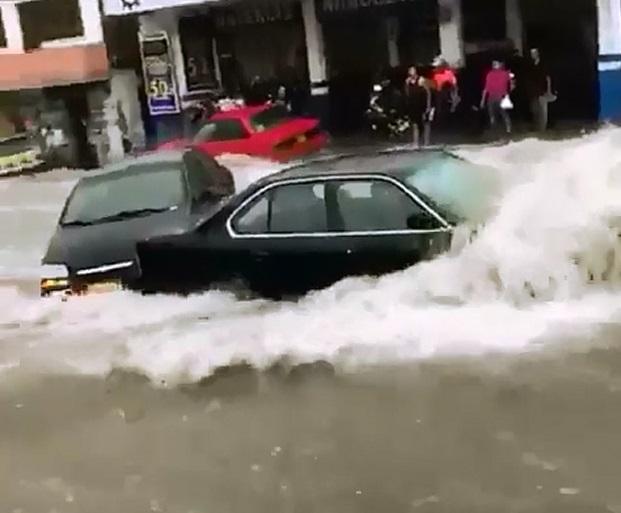 Emergencias tras fuerte aguacero en Barranquilla