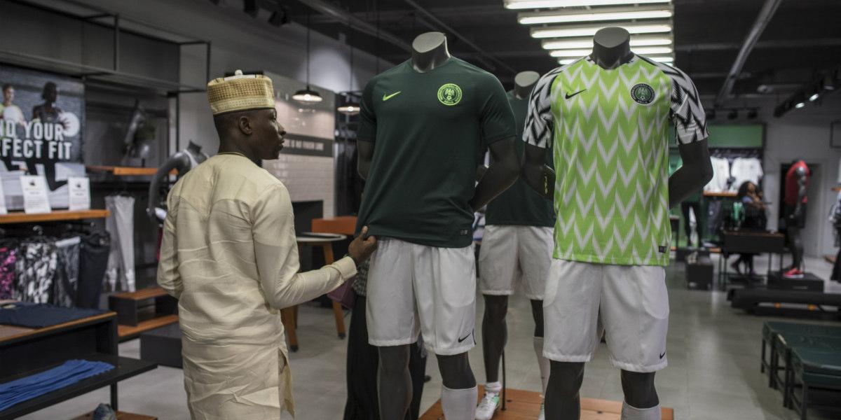 La camiseta de Nigeria que enamora al mundo entero 0a68f1bd11fa6