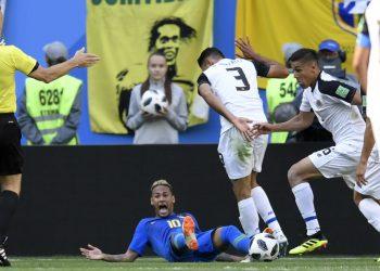 neymar penal brasil costa rica mundial de rusia afp
