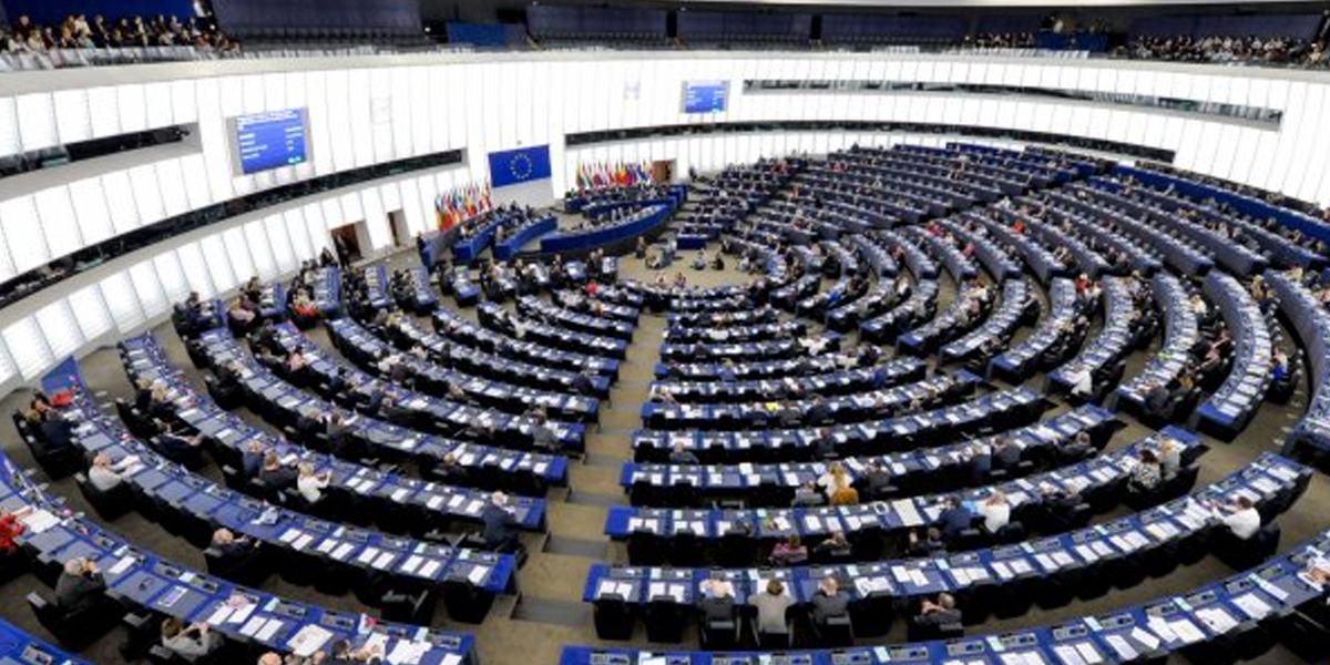 La Eurocámara urge a Venezuela a reconocer la