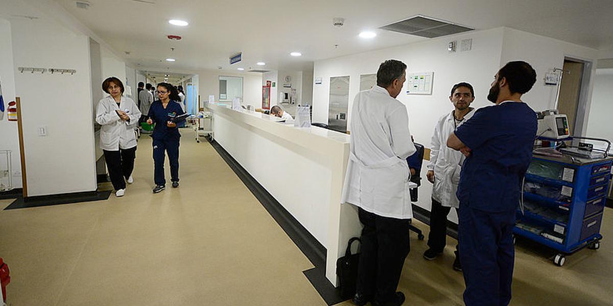 Boletín #5: Contagio de médicos por coronavirus, enfermedad profesional