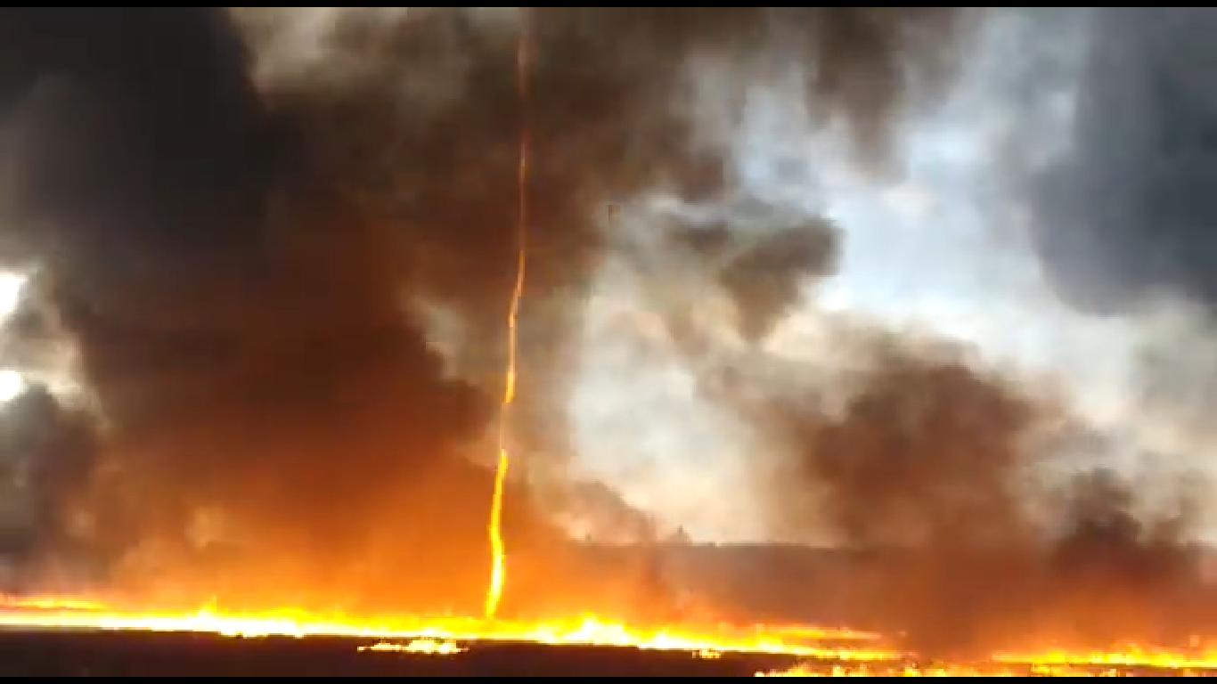 El impresionante video del tornado de fuego que se creó por oleada de calor