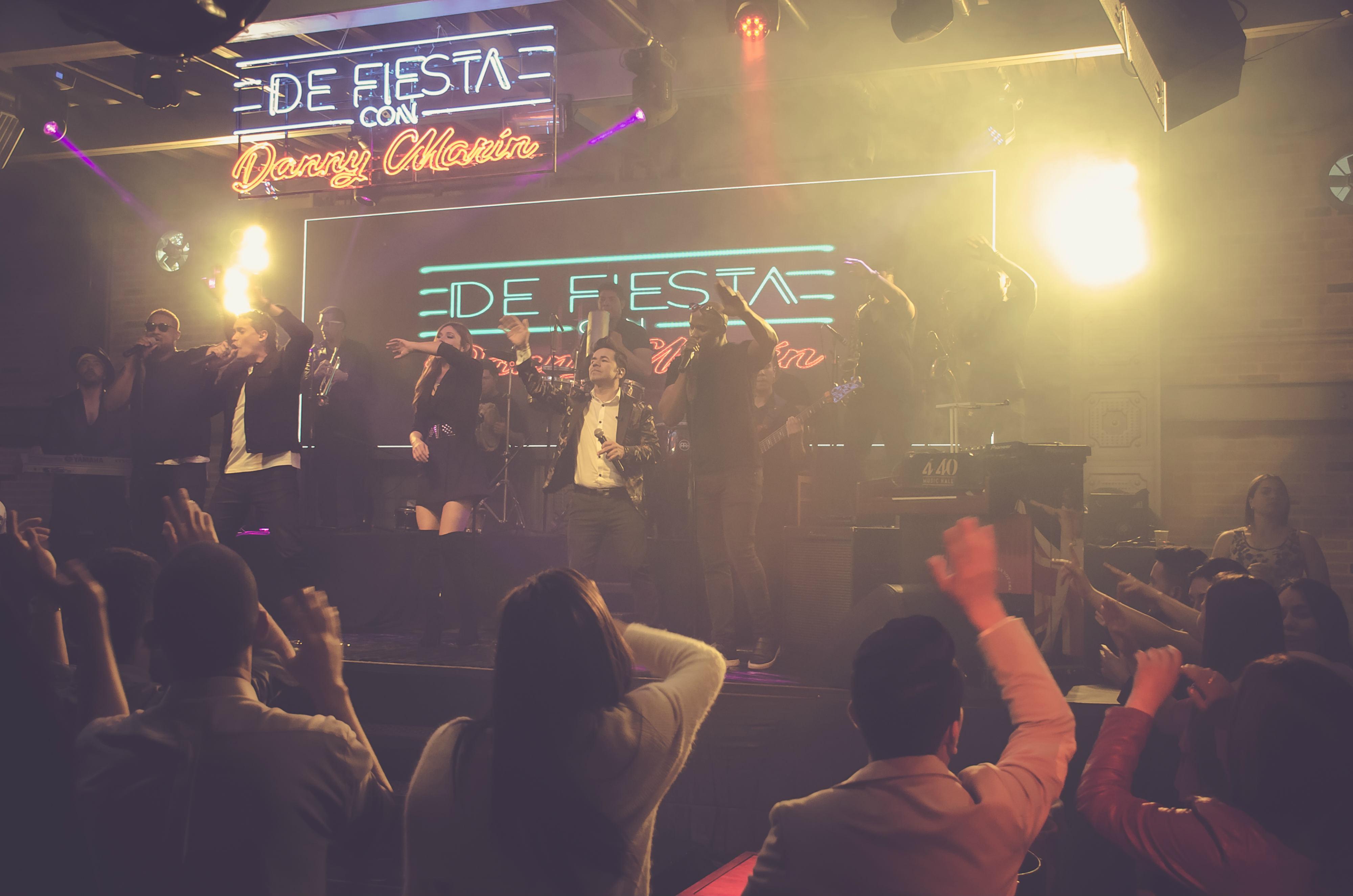 Con 'Mujer de carne y hueso', Gustavo Rodríguez armó la rumba en De Fiesta con Danny