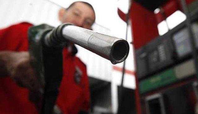 Bajan precios de gasolina y diésel a partir de este 11 de marzo