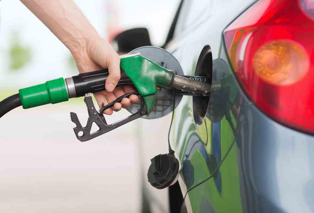 Precio de la gasolina iniciará 2020 sin alza, mientras que el ACMP sube $185