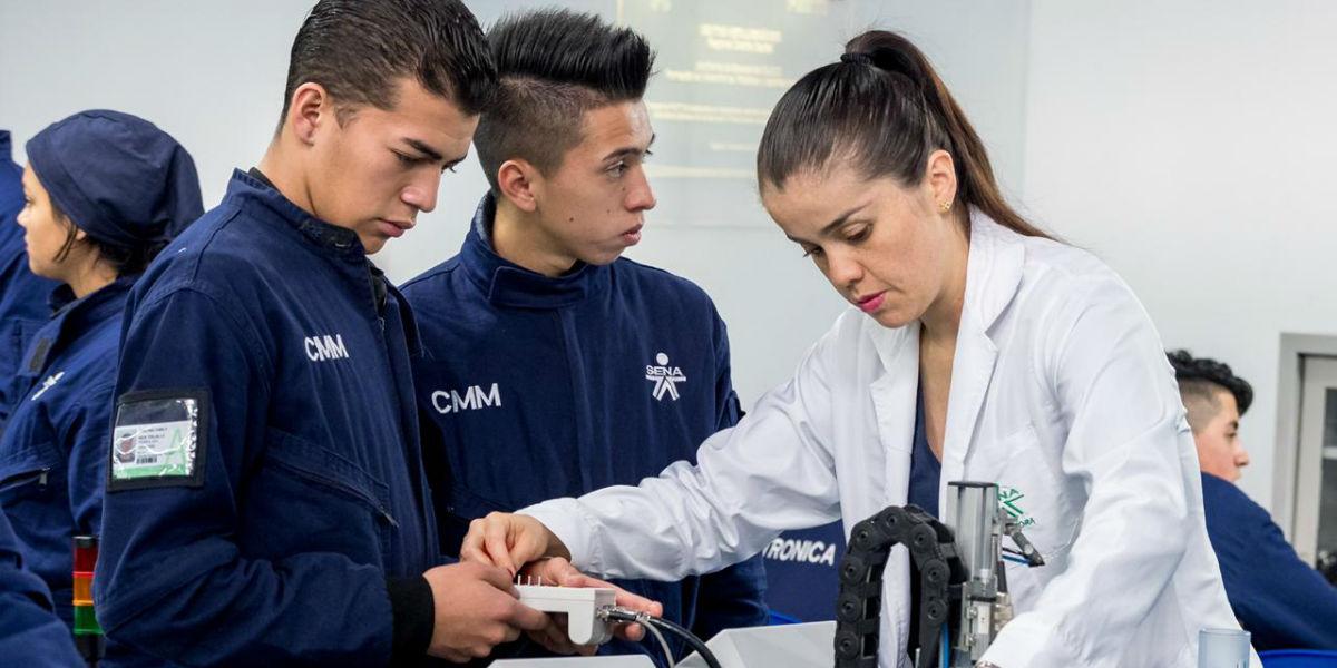 instructores sena oferta de 20000 empleos en colombia