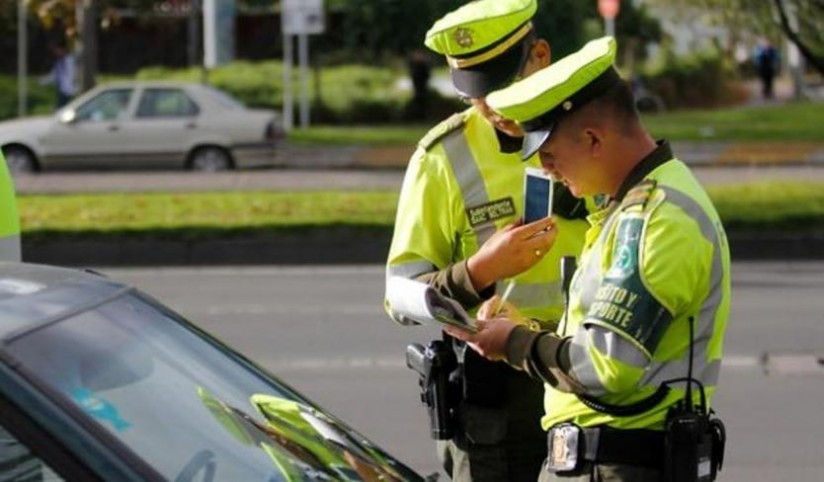 Primeros tres policías de tránsito con síntomas de coronavirus en Bogotá