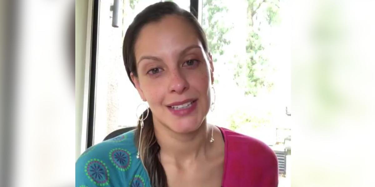 En video el momento en que le rompen el corazón a Laura Acuña