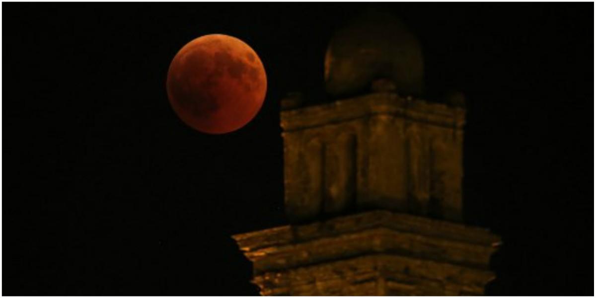luna de sangre roja eclipse total