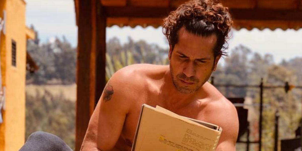 """""""¡Qué boleta lo barato!"""", así criticaron a Gregorio Pernía en Nueva York y el actor les responde"""