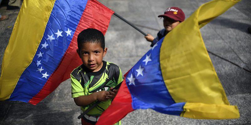 Colombia dará la nacionalidad a hijos de venezolanos nacidos en su territorio