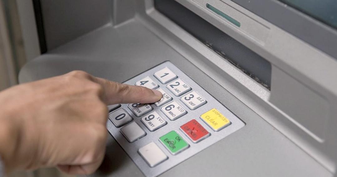 Cajeros electrónicos botarán billetes de 100.000 pesos