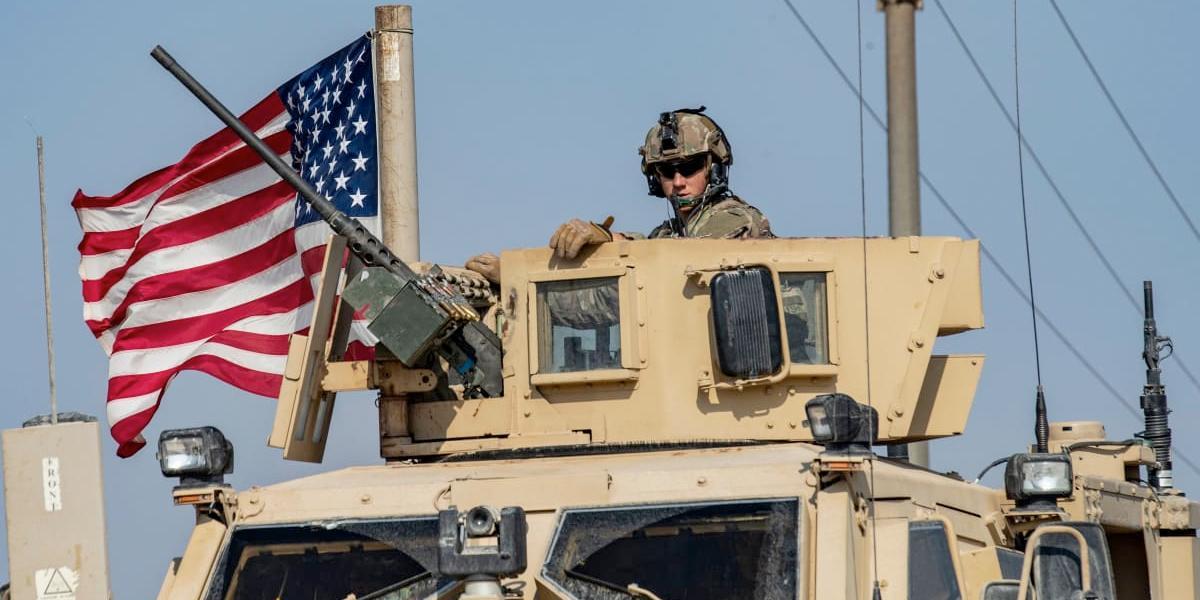 EE. UU. reubicará sus tropas en Irak pero de momento no las retira