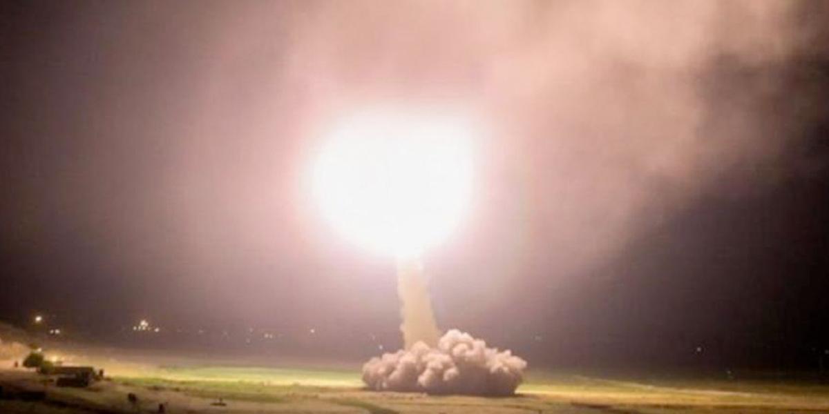 Irán disparó al menos doce misiles contra bases militares de EE. UU. ubicadas en Irak