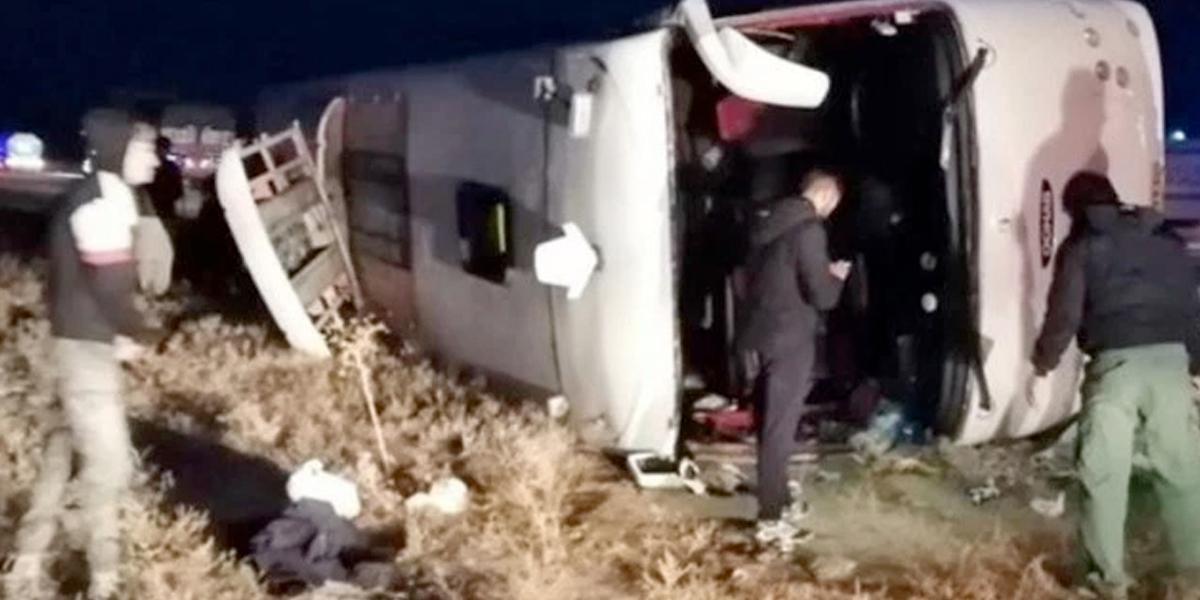 Al menos veinte personas muertas en un accidente de autobús en el norte de Irán