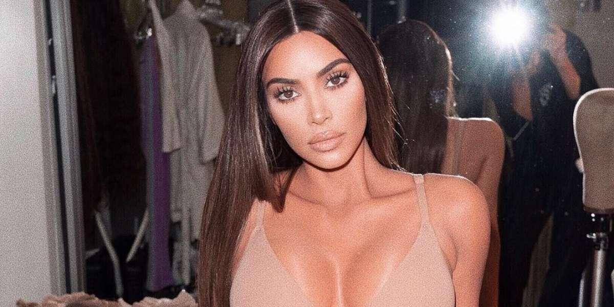 Pensaron que Kim Kardashian solo tenía leche en su casa y ella responde con tour por las otras 3 neveras