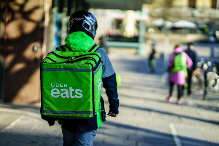 ¡Buenas noticias para los usuarios! Uber Eats continuará operando en Colombia
