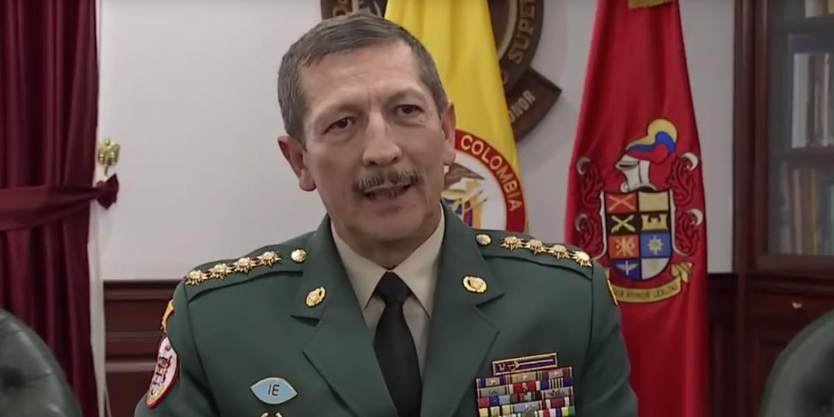 General Nicacio Martínez niega participación en presuntas chuzadas del Ejército