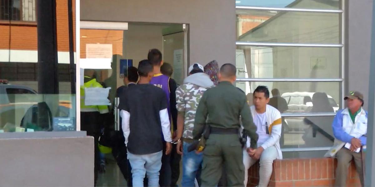Un muerto deja motín en la estación de Policía de Mártires