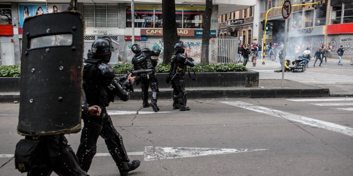 Procuraduría pide suspensión inmediata de escopeta que usa Esmad para disturbios