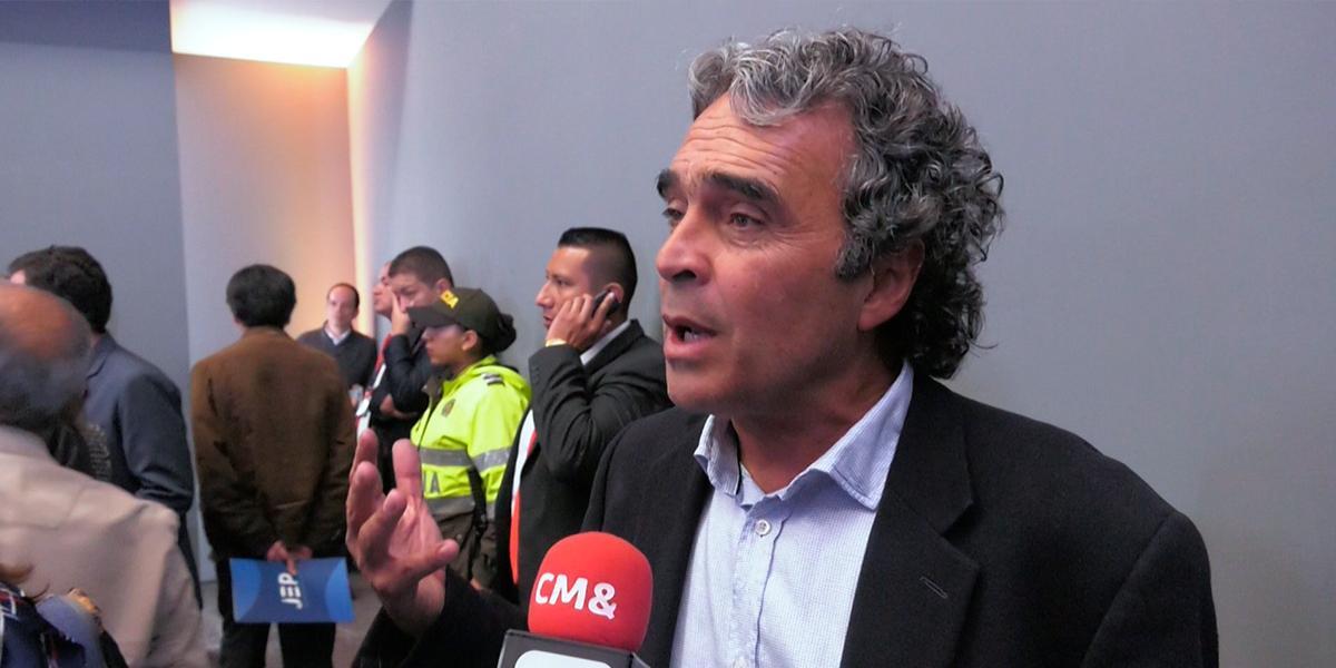 Sergio Fajardo calificó como una «masacre» la muerte de líderes sociales