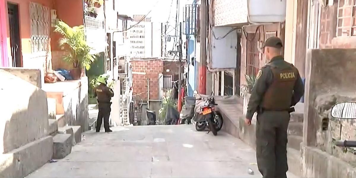 Balacera deja un taxista muerto y un menor herido en barrio Altavista de Medellín