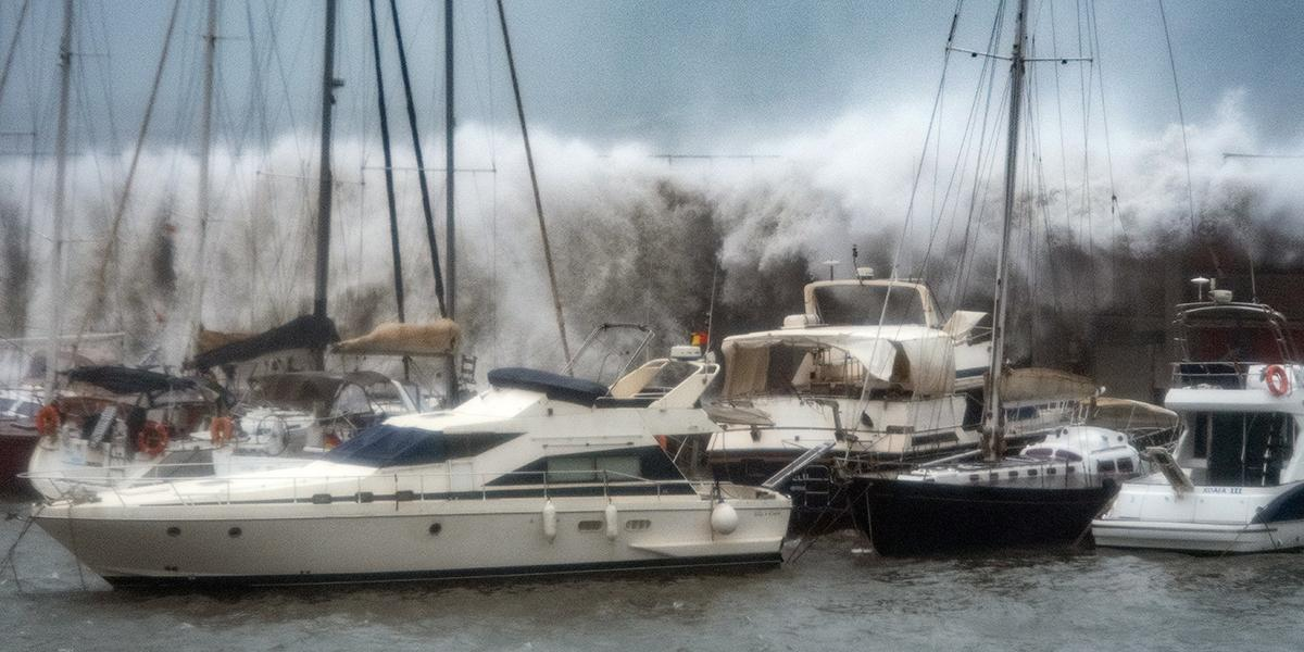 Cuatro personas fallecidas por tormenta Gloria en España