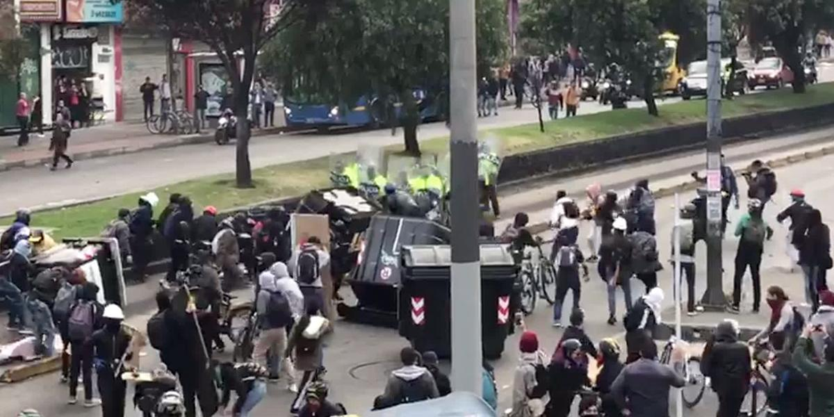 Dictan detención domiciliaria a uno los tres capturados por vandalismo en Bogotá