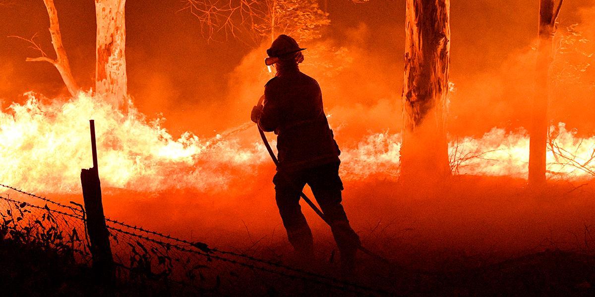 Mueren tres bomberos de EE. UU. en accidente de avión en incendios de Australia